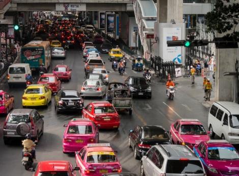 1 Bangkok Thanon Phloen Chit