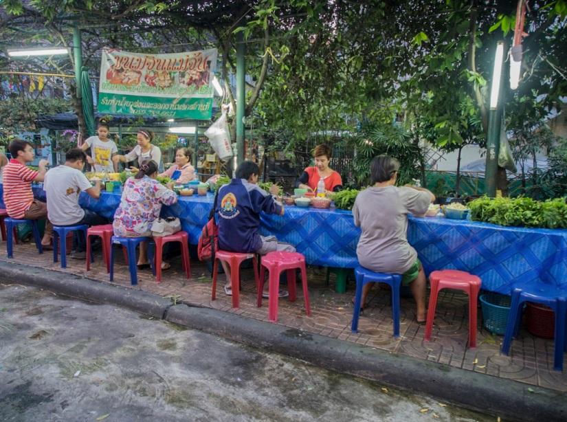 5 Bangkok dinner time