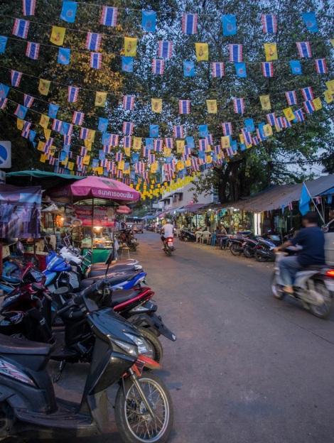 7 Bangkok side street Thanon Buranasat