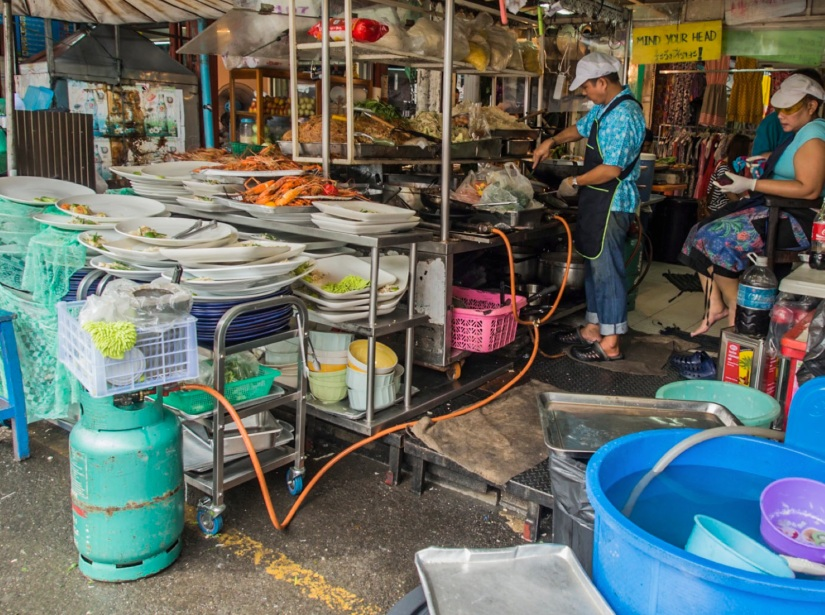 Bangkok Chatuchak Weekend Market Food stall 4