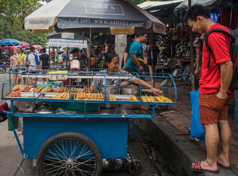 Bangkok Chatuchak Weekend Market Food stall 6
