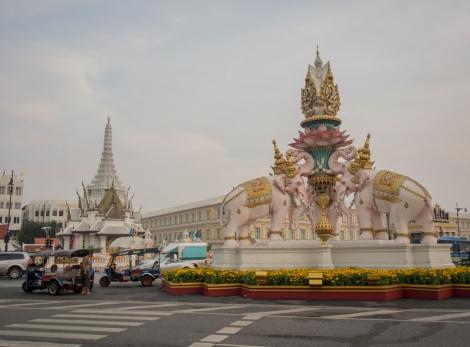 Bangkok City Pillar Shrine 1