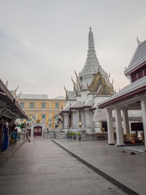Bangkok City Pillar Shrine 2