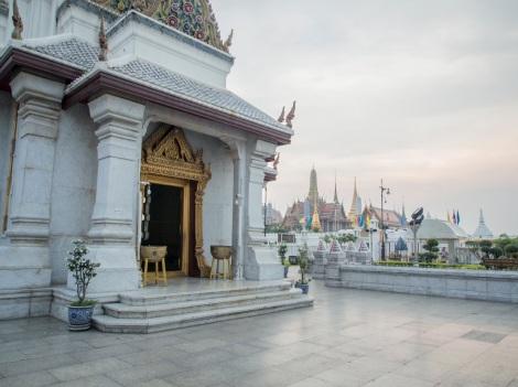 Bangkok City Pillar Shrine 3