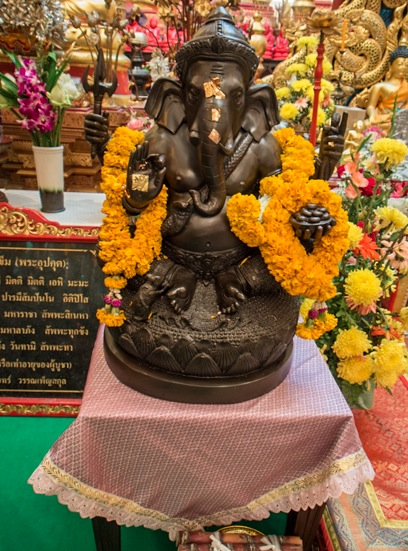 Chiang Mai Temples 9 inside