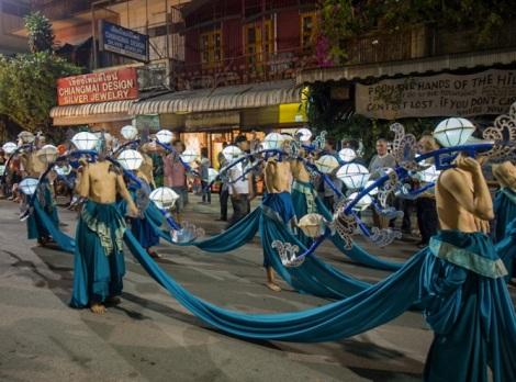 Loy Krathong and Yi Peng Parade Chiang Mai 2012-6