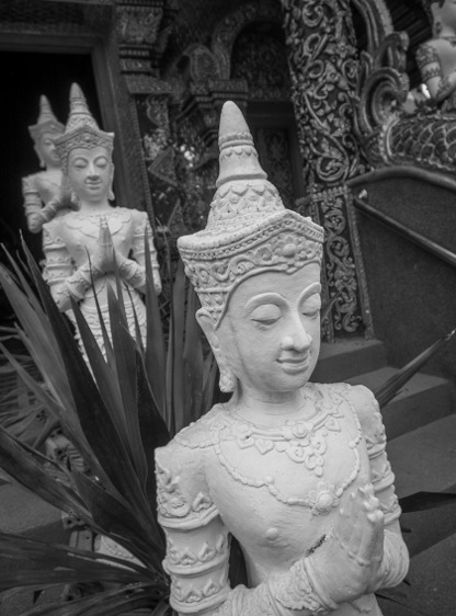 Chiang Mai B&W Favourite 9 Statue