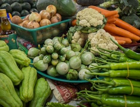 Chiang Mai market daytime 2