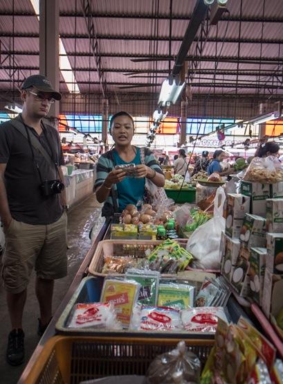 Chiang Mai market daytime 4