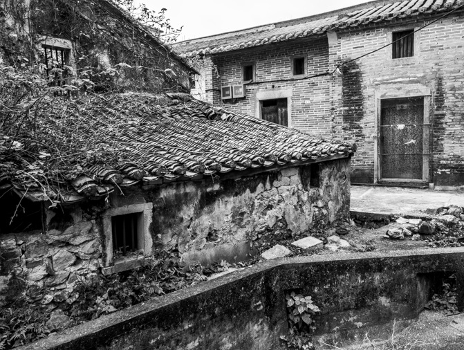 Lai Chi Wo Hike Black and White Impressions 7