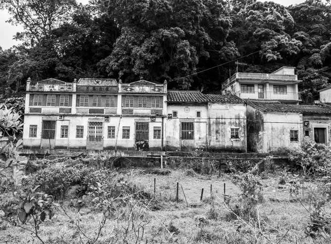 Lai Chi Wo Hike Black and White Impressions 8