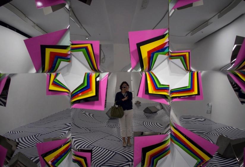 Jim Lambie in Pearl Lam Galleries 8