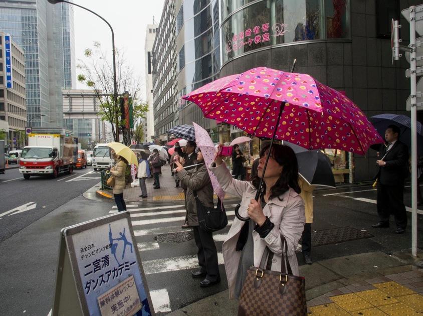 Tokyo: Kabuki-za theatre is open again  bluebalu: Living ...