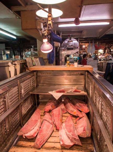 Tuna at Tsukiji FIsh Market 13