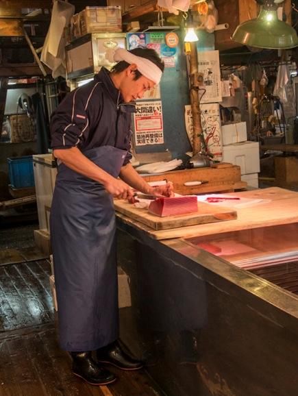 Tuna at Tsukiji FIsh Market 8