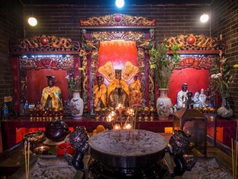 Shau Kei Wan 14 Yuk Wong Temple