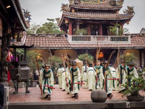 Baoan Temple 7 Performers