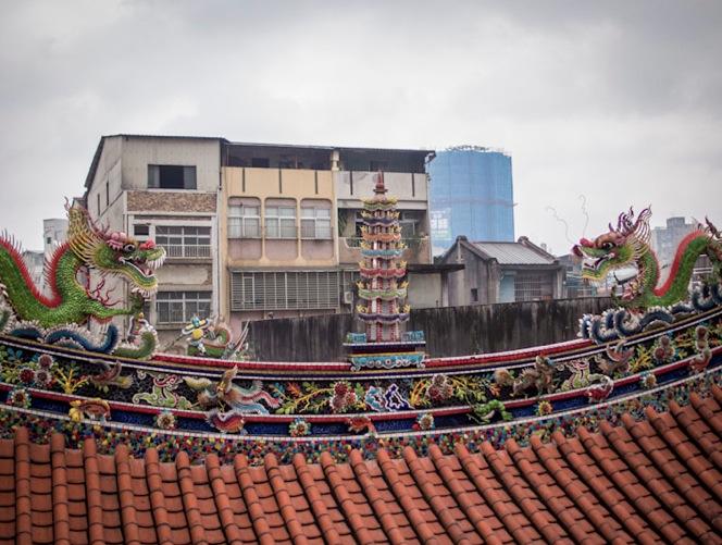 QIngshan Temple 5 Roof