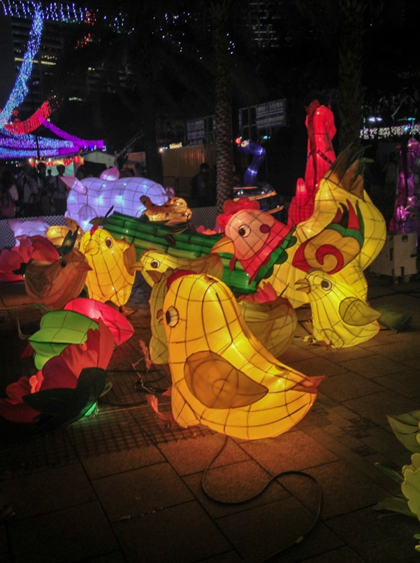 Lantern Festival Victoria Park Hong Kong 2013 4