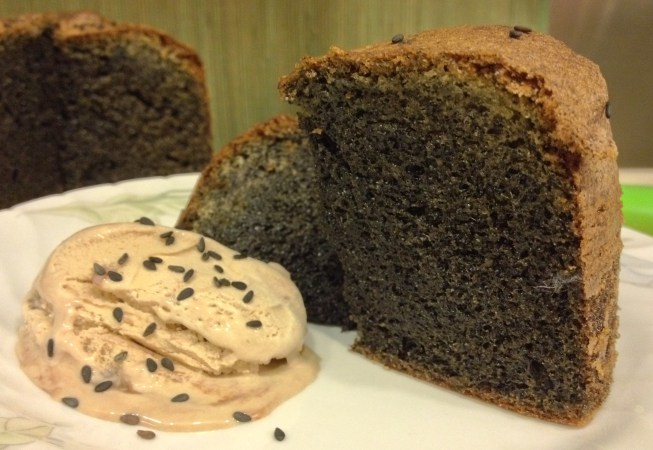 Homemade in HK blog black sesame cake