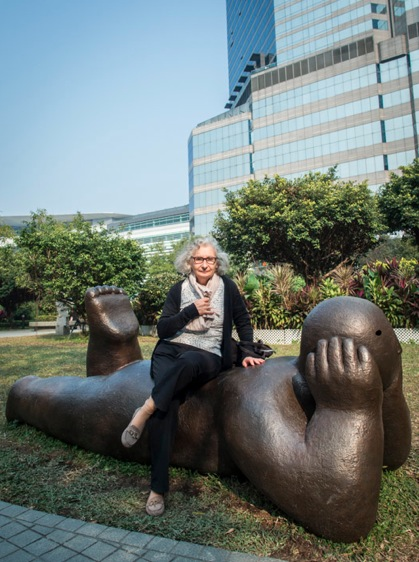Artwork in Park next to Grand Hyatt Hong Kong 2