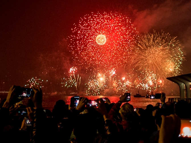 New Year's Eve 2013 Hong Kong Fireworks 7