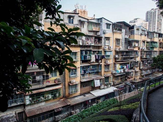 Walking through Macau Dec 2013 Houses 5