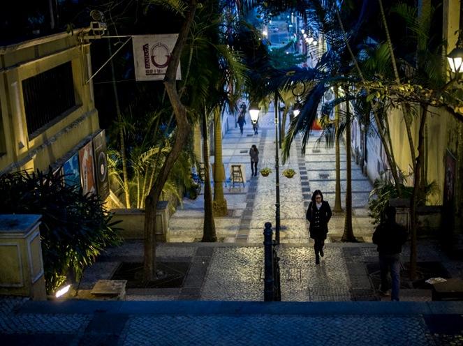 Walking through Macau Dec 2013 Nighttime 1