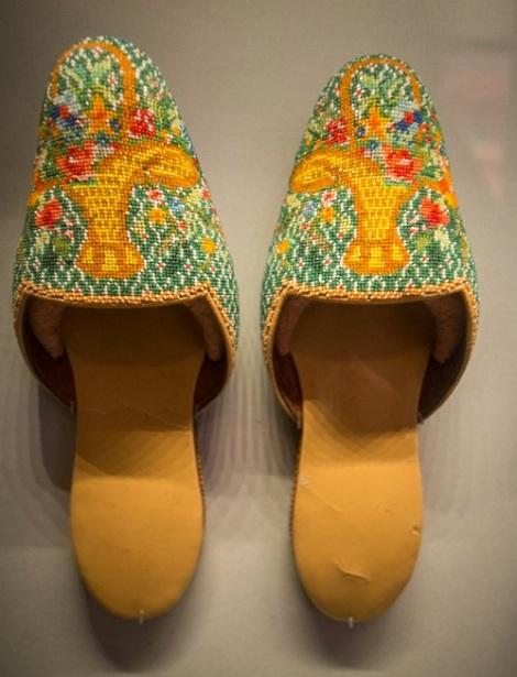 Perankan Museum Beaded Shoes 3