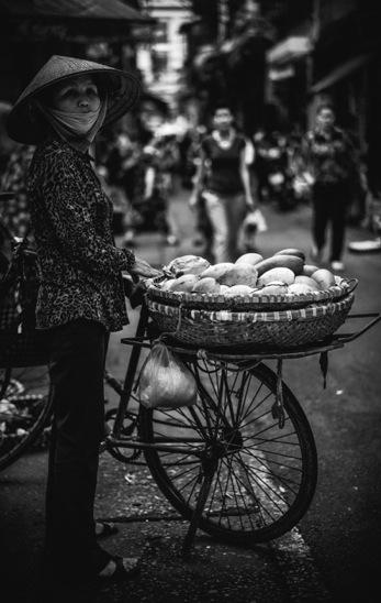 Hanoi B&W 4