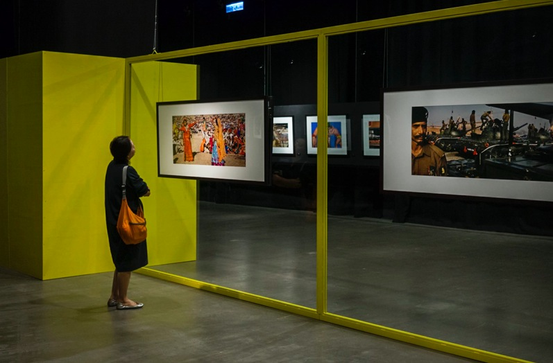 Raghu Rai Exhibition Hong Kong Sep 2014-5