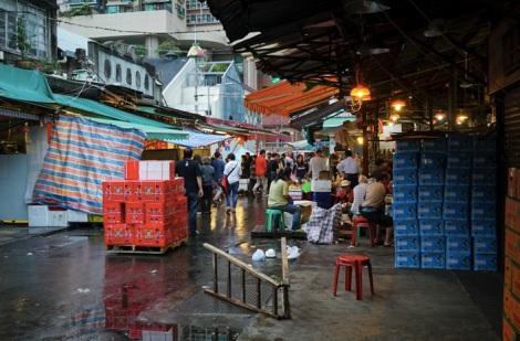 Yau Ma Teil Walk - 12 Fruit Market