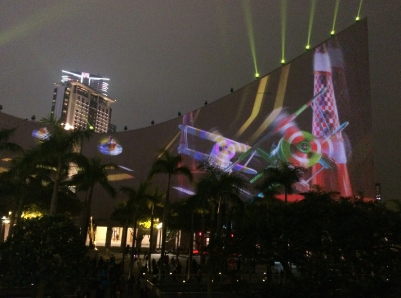 Hong Kong Pulse 3D Light Show Christmas 4