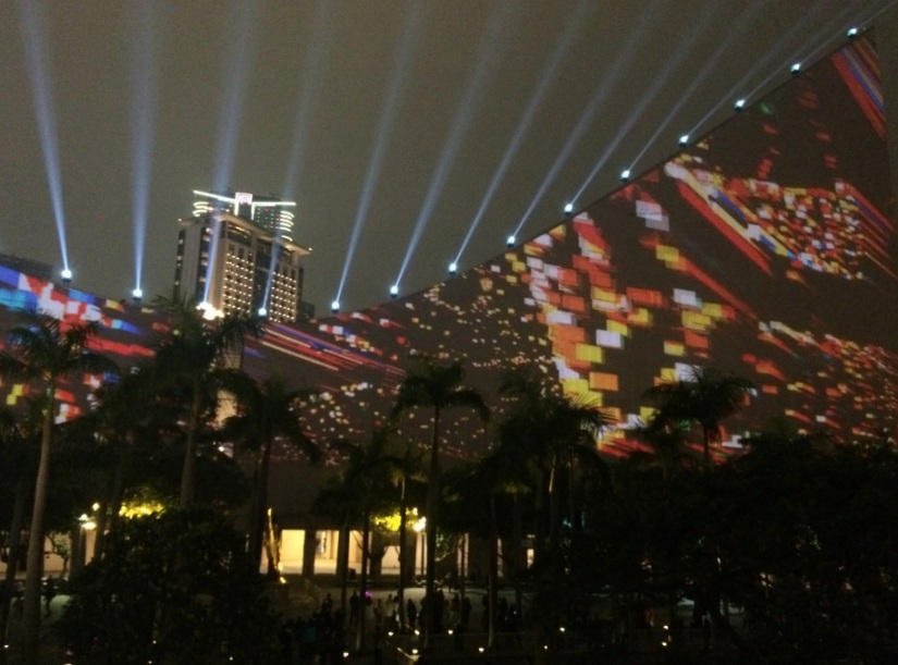 Hong Kong Pulse 3D Light Show Christmas 5