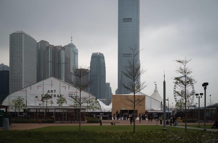 Art Central Hong Kong 2015 outside