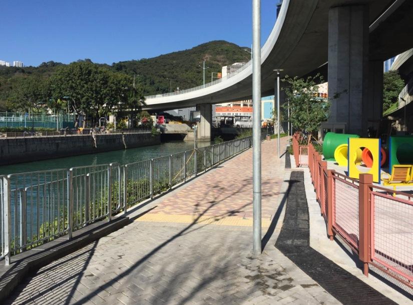 Hong Kong Aberdeen Waterfront February 2016-10