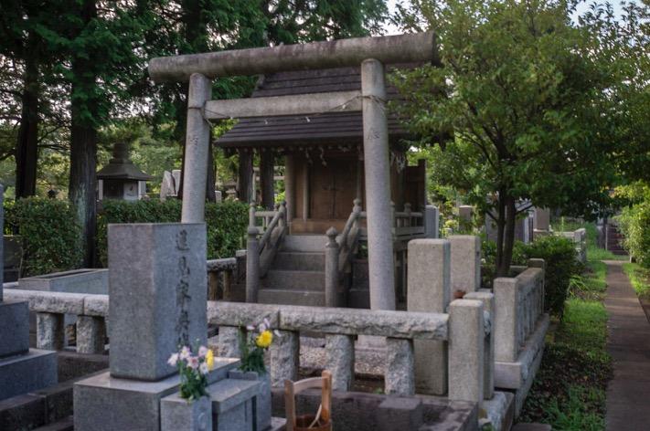 Tokyo Aoyama Cemetery 2015-4