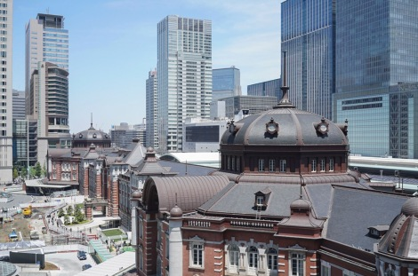 Tokyo Station from Kitte May 2016-2