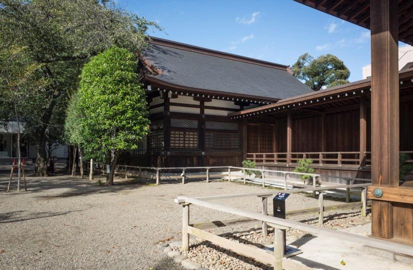 Tokyo Yasukuni Jinja Shinto Shrine Sep 2015-4